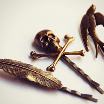 tattoo bobby pin set, skull bobby pin, sparrow bobby pin, feather bobby pin, feather hairpins, bird hairpin, unique bobby pins