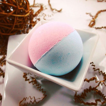 Cotton Candy Bathbomb, Cotton Candy, Sweet Bath Bomb, Bathbomb, Pink Bath Bomb, Blue Bathbomb, Cotton Candy Fizzy, Bath Fizzy, Spa Gift