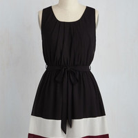 Colorblocking Mid-length Sleeveless A-line Band in Line Dress in Black