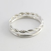 Rounded 1,5 mm Silver Ring & Silver Rope Twist Ring by Sirrý Design