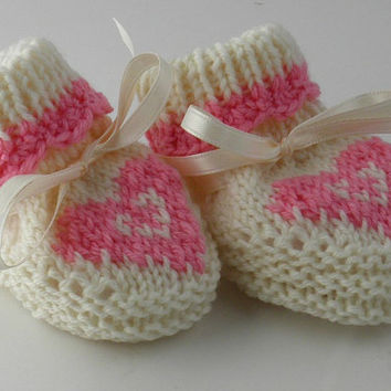 Cute Pink Heart Baby Bootie 0 to 3 Months