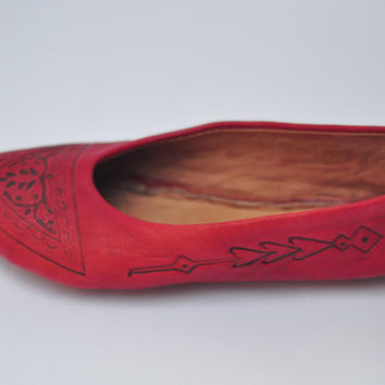 Moroccan pointed toe flats , Moroccan shoes , women shoes, babouche