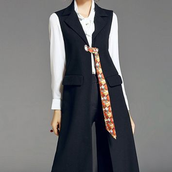 Sleeveless Trench Coat W/ Tie