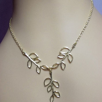 Golden Falling Leaves Necklace, Mothers Day Gift, Mom Sister Jewelry, Cocktail Wedding Leaf Necklace, Pretty, Silver