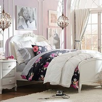 Lilac Vintage Bloom Bedroom