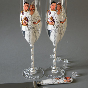 4 pc SET of Hand painted Wedding Toasting Flutes Champagne glasses and cake knives Royal wedding with 100 swarovski crystals