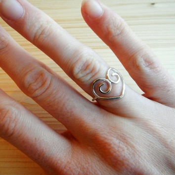 Sterling Silver Filagree Heart Ring, Delicate Valentine's Day Gift Idea Promise Ring Gift for Girlfriend Mom Wife Gift for Her Made to Order