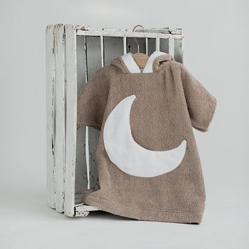 Kids beach cover up Moon pocket - Brown white Toddler bathrobe with large pocket - Terry cloth boy's girl's hooded towel