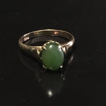 5 DAY SALE (Ends Soon) Vintage 1930s 18k Gold Jade Ring - Stamped - Size 5
