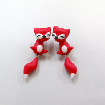OOO - polymer clay lovely cute red white fox earring