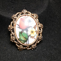 Glass Flower Gold Tone Necklace or brooch