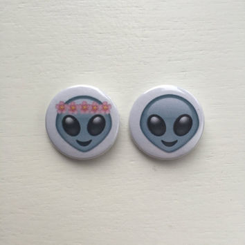 "1"" Alien Emoji Pin Button/Badge"