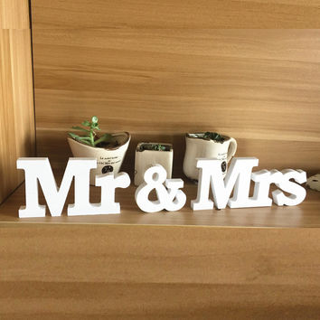 Mr & Mrs Home Decor Wedding Decorations Wooden Letters White Wood decoration romantic mariage Birthday Party supplies