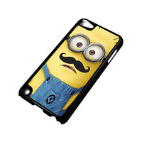 MINIONS WITH MOUSTACHE iPod Touch 5 Case