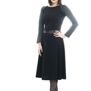 Jersey dress,modest dress,modest chic,modest look,knitted dress,black dress,long sleeve dress,formal dress,feminine dress,