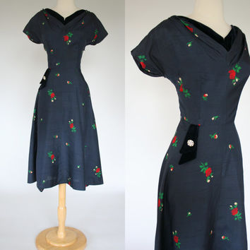 Classic 1950's blue rayon dress 50's rose print fit and flare blue velvet trim rhinestone applique tea length gathered bust size Large 10