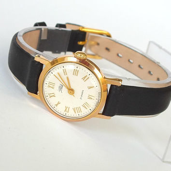 Luxury womens watch 21 jewels. Vintage womans watch Zaria Dawn. Unusual design dial ladies watch. Gold plated watch for women. Gift for her
