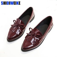 2018 Brand Shoes Woman Casual Tassel Bow Pointed Toe Black Oxford Shoes for Women Flats Comfortable Slip on Women Shoes M326
