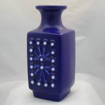 Stunning cobalt blue vase by East German Pottery VEB Haldensleben  1960s retro modernist decor.