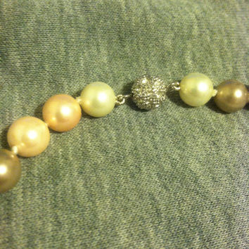 GreenBeads Pearl Necklace