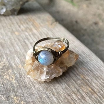 Labradorite ring, Labradorite stone ring, Labradorite jewelry, gemstone ring, handmade ring, wire ring, healing crystals, wire wrapped ring