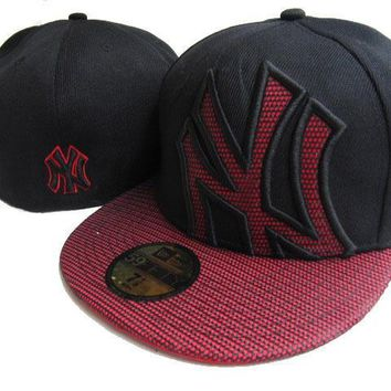 ESBON New York Yankees New Era MLB Authentic Collection 59FIFTY Cap Black-Red Lattice