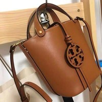 Tory burch Women Leather monnogam Handbag Crossbody bag