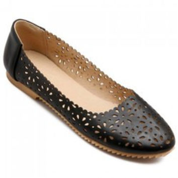 Casual Round Toe and Hollow Out Design Flat Shoes For Women