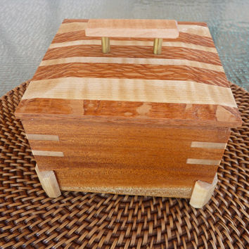 Handcrafted Honduran Mahogany Jewelry/ Keepsake Box with Lift off Lid