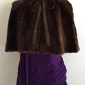 Vintage 1940s chocolate brown kangaroo fur capelet with padded shoulders and olive green oriental damask lining