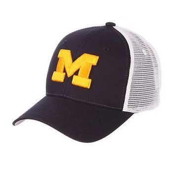 new concept cbdb1 c17b3 Licensed Michigan Wolverines Official NCAA Big Rig Adjustable Ha