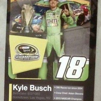 Kyle Busch #18 2015 Sprint Cup Champion SpEd Collector Card MAGNET Nascar Racing
