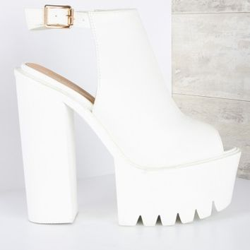 Skyscraper Peep Toe Cleated Sole Ankle Boot White | LASULA