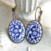 Vintage Navy Blue and White Floral Japanese Carved Oval Antique Brass Drop Dangle Earrings - Bridesmaids, Wedding, Bridal, Beach