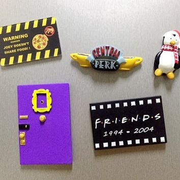 TV Series Friends Cartoon 3D Resin Refrigerator Magnets Hugsy Dog Monica's Door Frame Central Perk Home Decor Collectible Gift