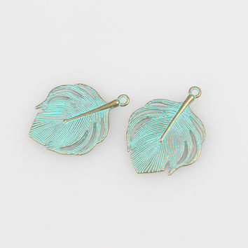 10pcs/lot 33MM Retro Verdigris Patina Plated Zinc Alloy Green Peacock Feather Charms For DIY Jewelry Accessories Free Shipping