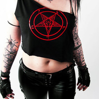 Casual Pentagram Tank Top with Chains - Biker Gothicshirt Heavymetal Deathrock Blackmetal Shredded Destroyed Cutted Casual Look Hot Sexy