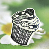Cupcake Ring - Bows Jewellery