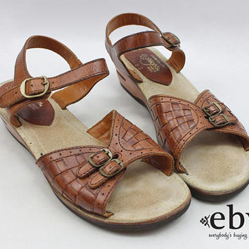 Brown Leather Sandals Woven Leather Sandals Hippie Sandals 70s Sandals 1970s Sandals Peep Toe Shoes 1970s Wedges Leather Wedges 7.5