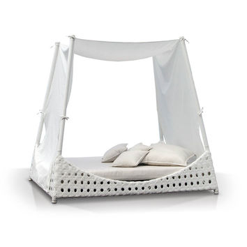 Luxurious Day Bed Cabana