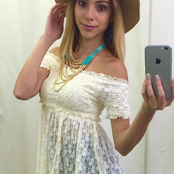 Dallas Off Shoulder Laced Top - Cream