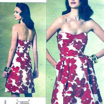 Strapless dress Designer Cynthia Steffe sewing pattern Cocktail length party frock Vogue 1174 Sz 12 to 18 UNCUT