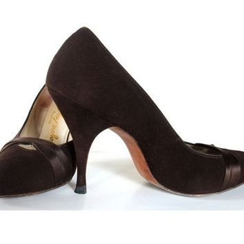 Vintage 1950s Shoes Brown Suede Stiletto PinUp by mysweetiepiepie
