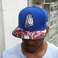 Mickey Hands & Prayer Beads Snapbacks Fashion Cap Hip Hop Headwear