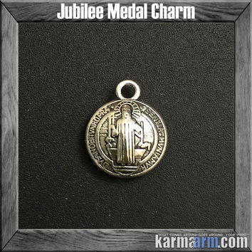 Charm: Jubilee Medal • St. Benedict