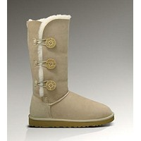 Ugg Bailey Button Triplet 1873 Sand Color Boots F