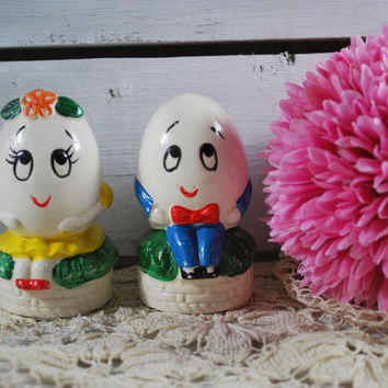 Humpty Dumpty Salt and Pepper Shakers , Anthropomorphic figurines , Japan Collectibles