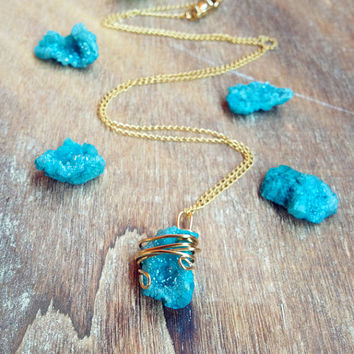 Blue Agate Druzy Necklace. Bohemian Druzy Quartz necklace. 14K Goldfilled Chain. Raw Crystal Geode Mineral Stone Pendant Natural Rock Earthy