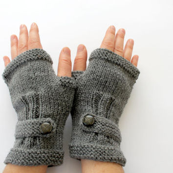 Autumn Finds / Arm Warmer / Hand Knit Fingerless Gloves / dark grey / Gray / /Medium size fits most. / Autumn color/ Front Page