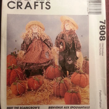 1995 McCall's Sewing Pattern, 7808! Scarecrow Dolls/Clothes/Stuffed Straw Dolls/Stuffed Pumpkins/Halloween & Fall Arts and Crafts